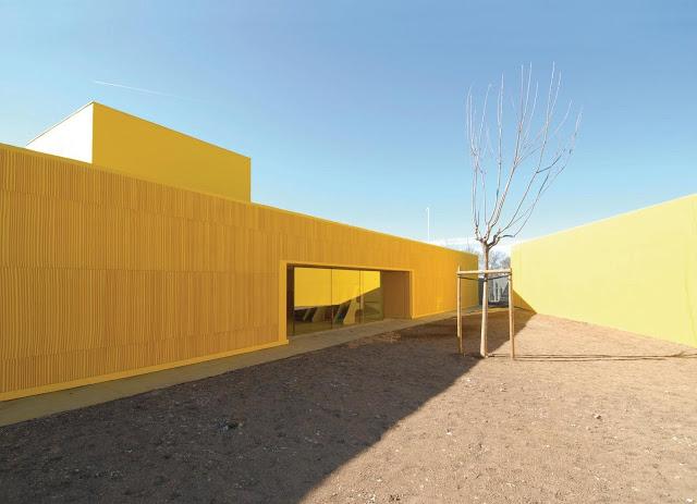Atelier Fernandez & Serres . LES GRAINES D'ETOILES NURSERY . Aix en Provence